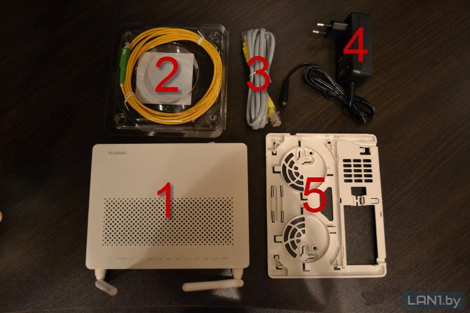 Комплект оборудования (терминал ONT Echolife HG8245H с комплектующими)